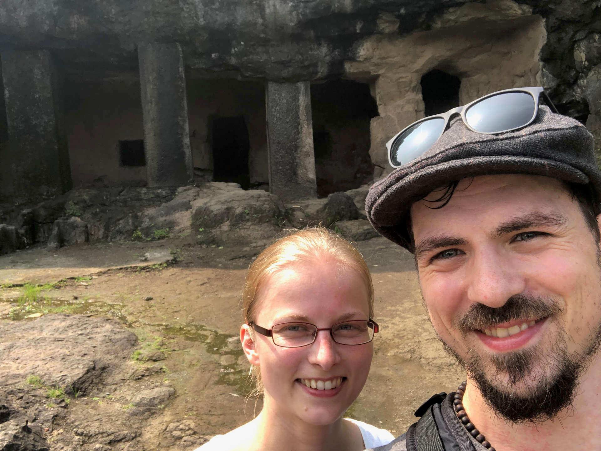 Indien Mumbai Elephanta Island Selfie Höhle