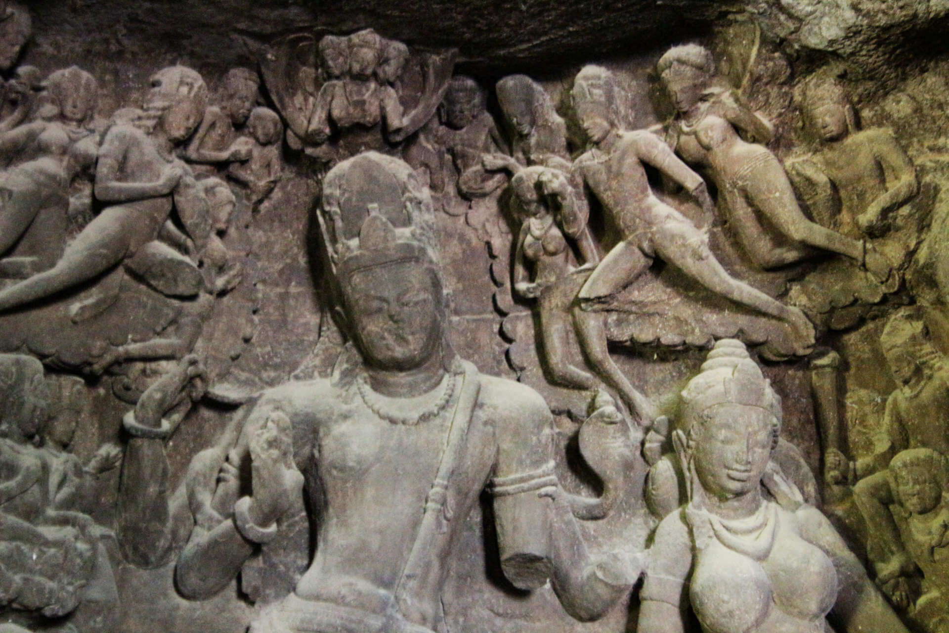 Indien Mumbai Elephanta Island Statue 3
