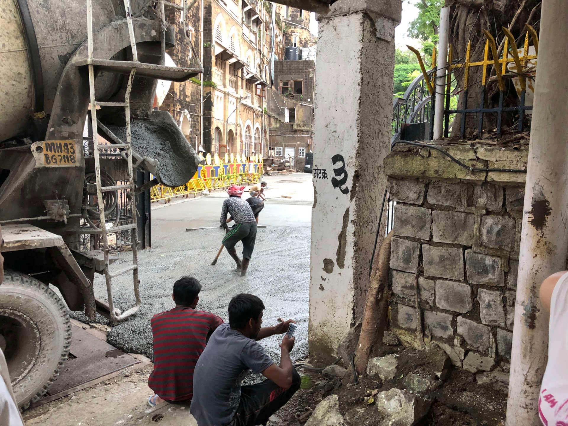 Indien Mumbai Strassenarbeiten