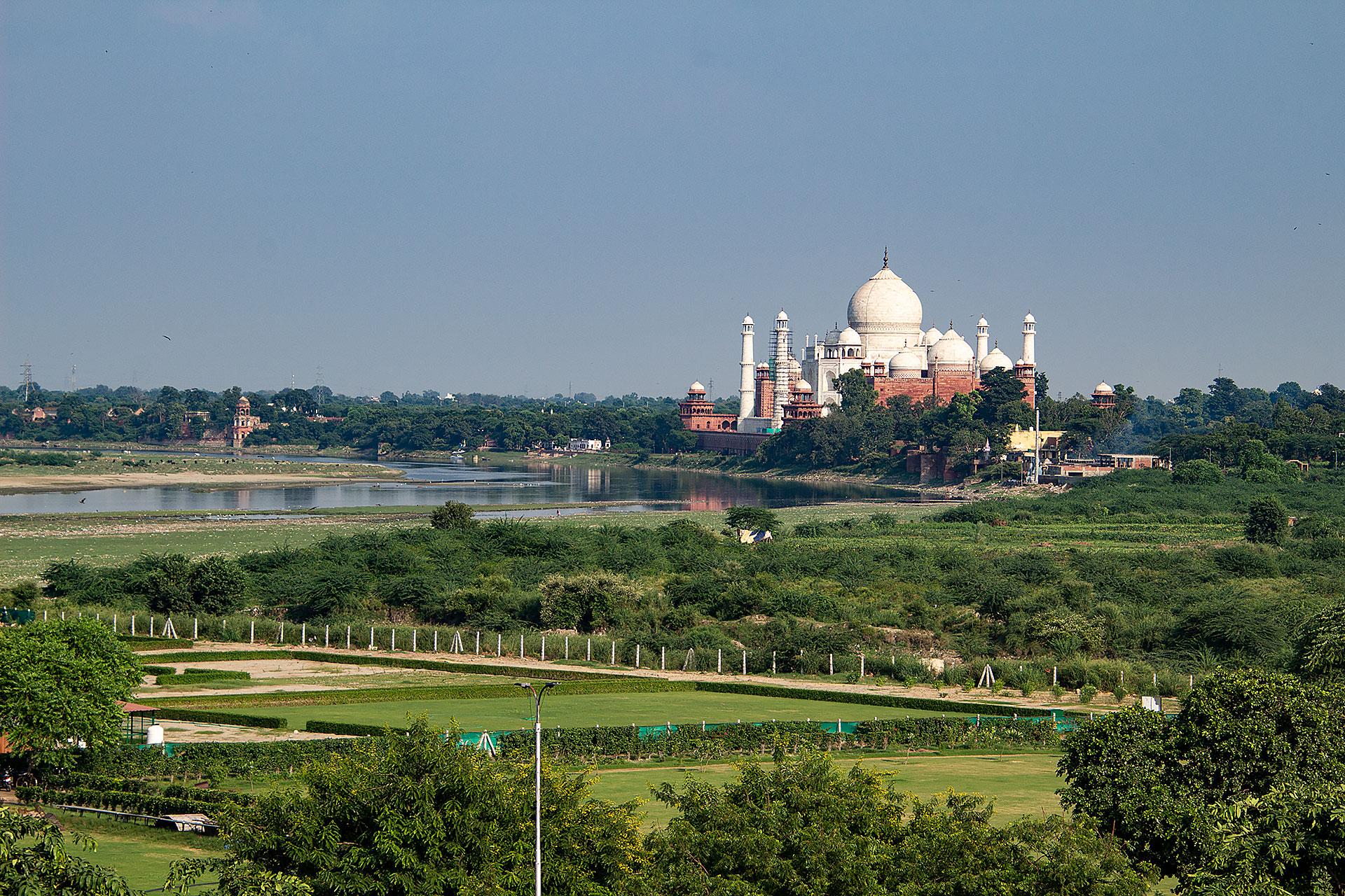 Blick aufs Taj Mahal vom Agra Fort