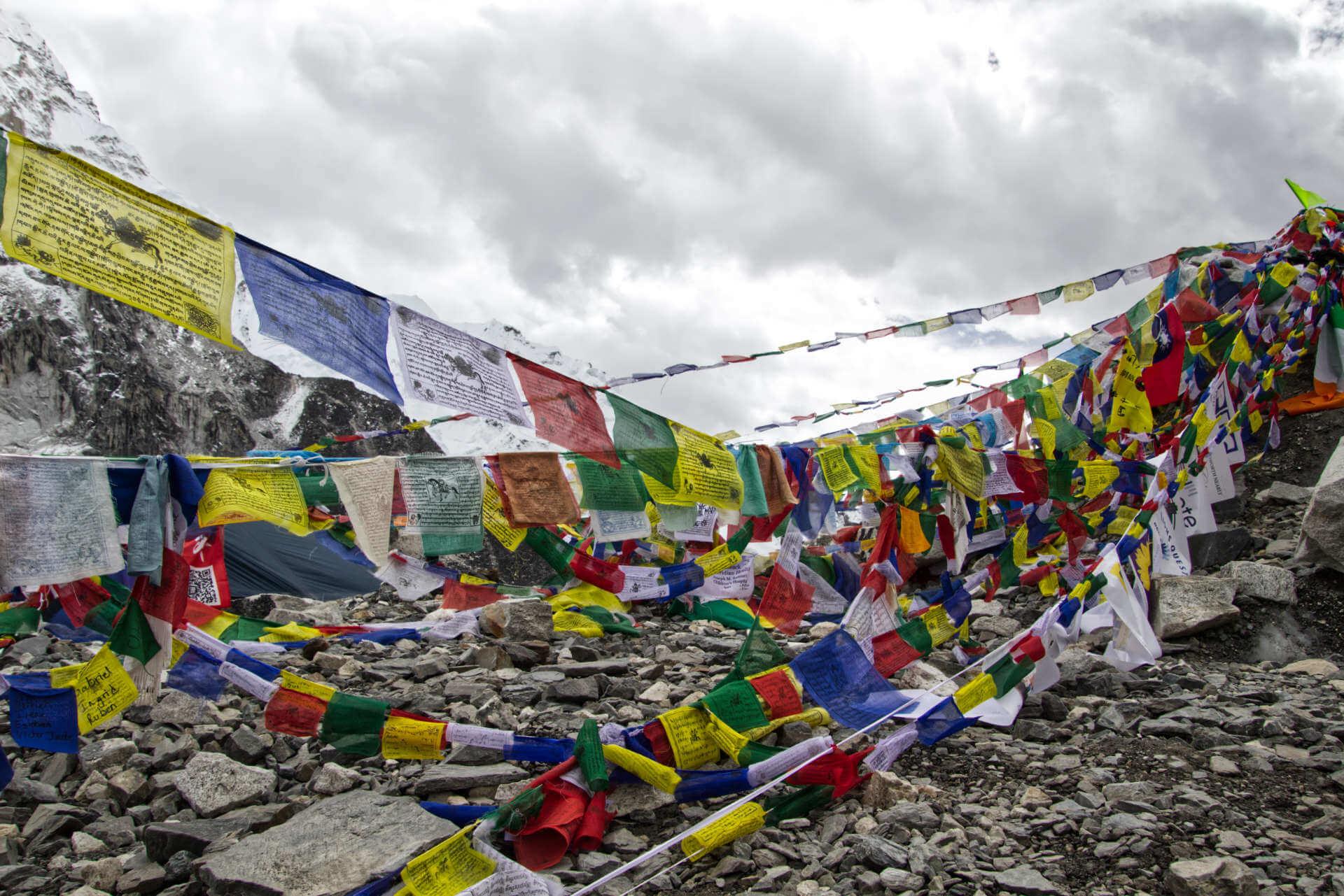 nepal_ebc_gebetsflaggen