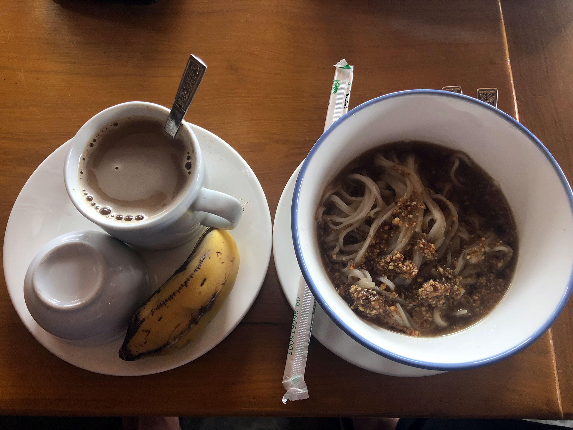 Shan-Nudeln zum Frühstück