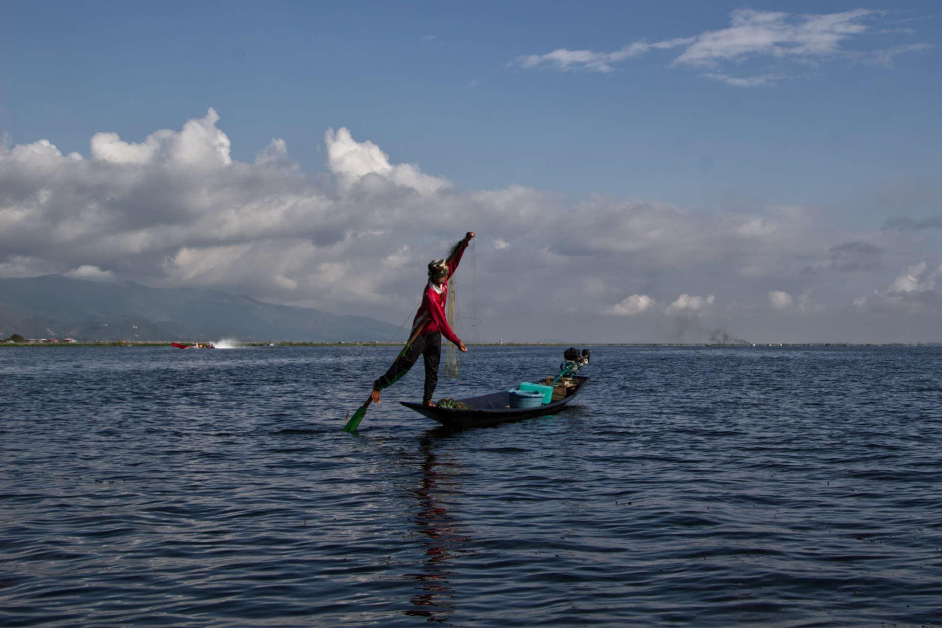 Myanmar Inle Lake Fischer