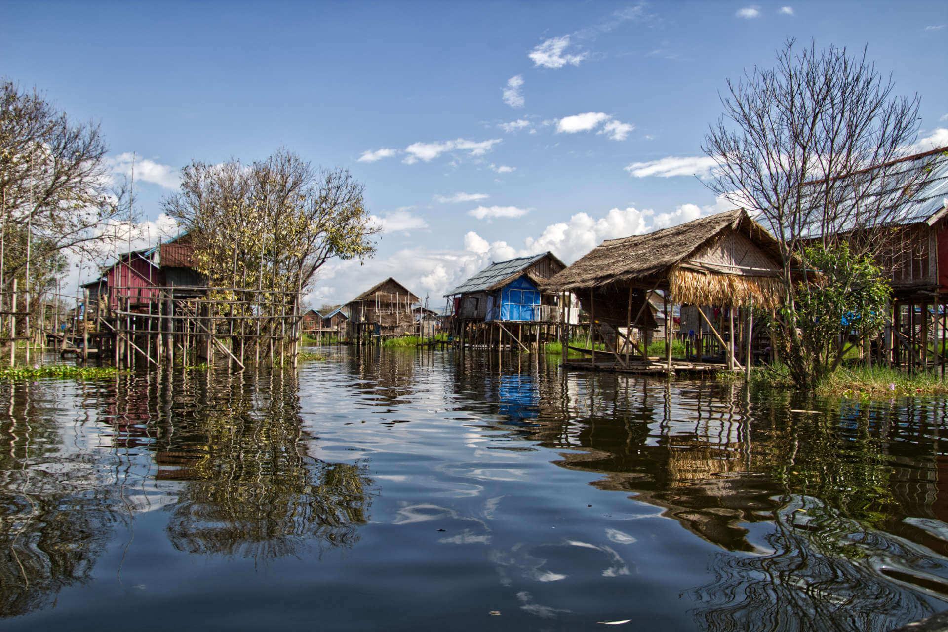 Myanmar Inle Lake Seedorf
