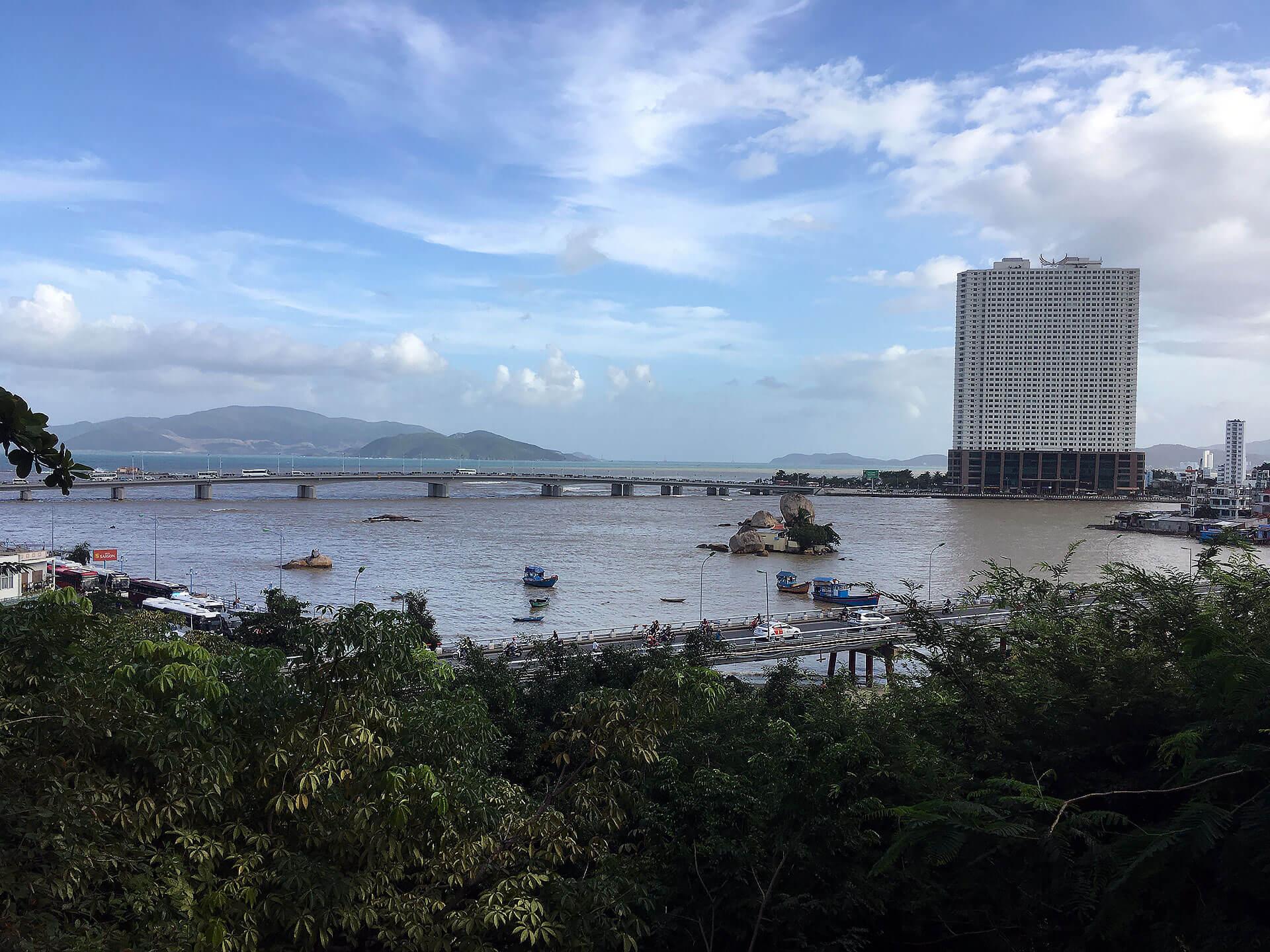 Blick auf den Cai Fluss