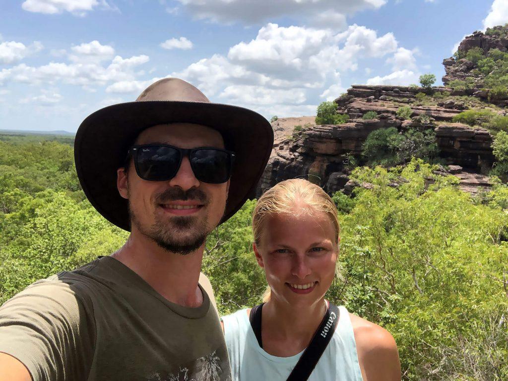 Berti und Taschi am Gunnwarrdehwarrdde Lookout im Kakadu Nationalpark