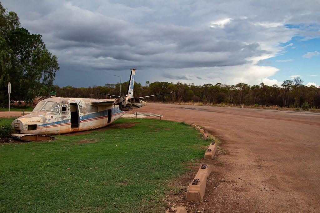 Flugzeug-Wrack im Outback von Australien
