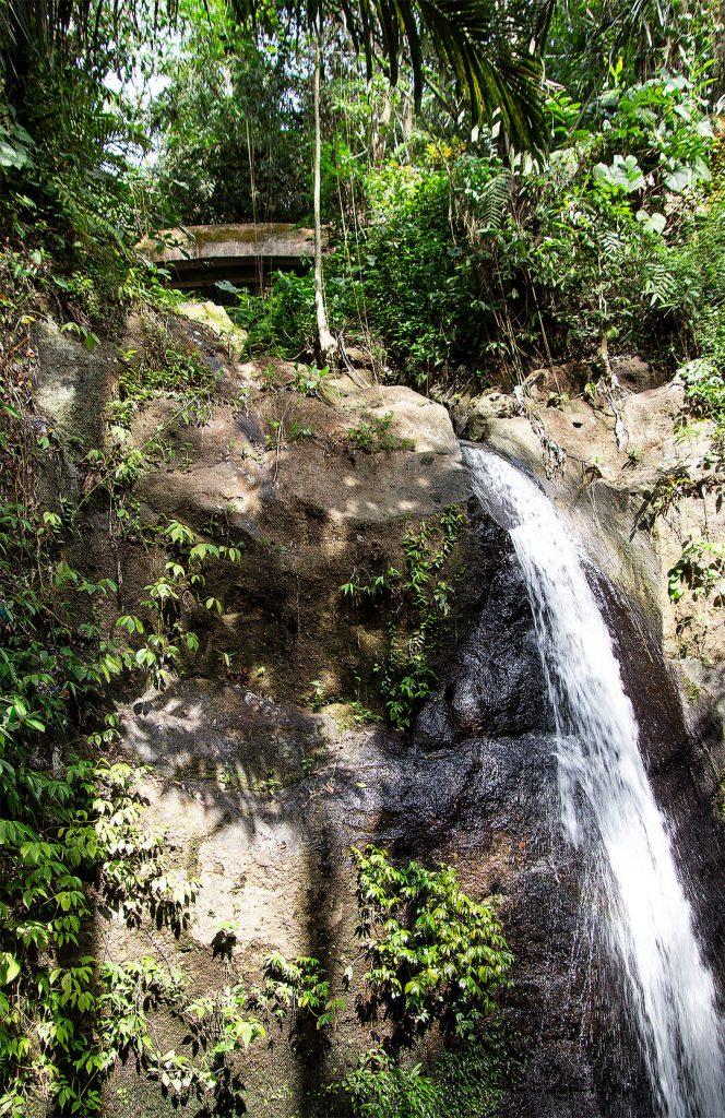 Wasserfall bei der Goa Gajah Höhle