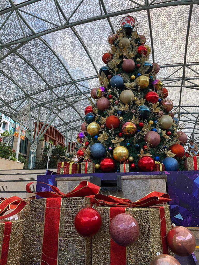 Weihnachtsbaum auf Sentosa Island