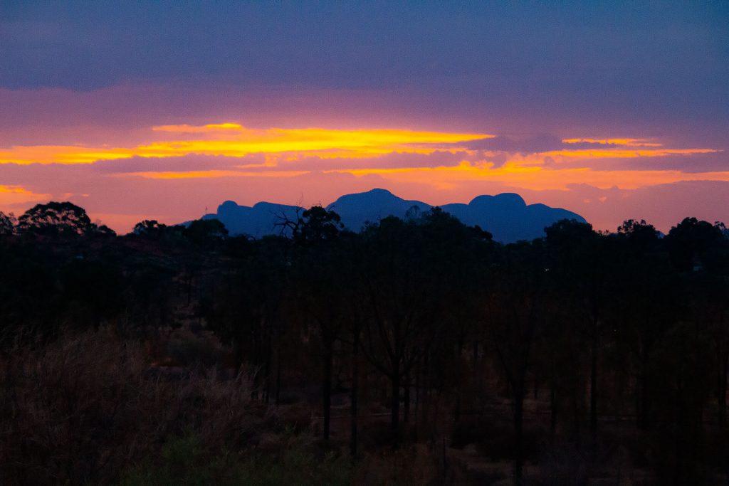 Sonnenuntergang Kata Tjuta