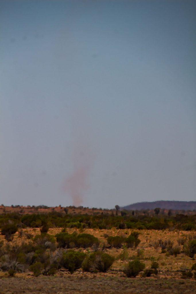 Wirbelsturm im Outback