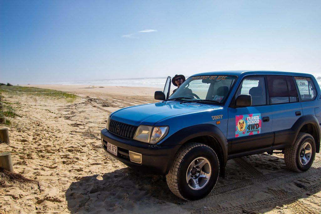 Unser 4WD-Gefährt am Strand