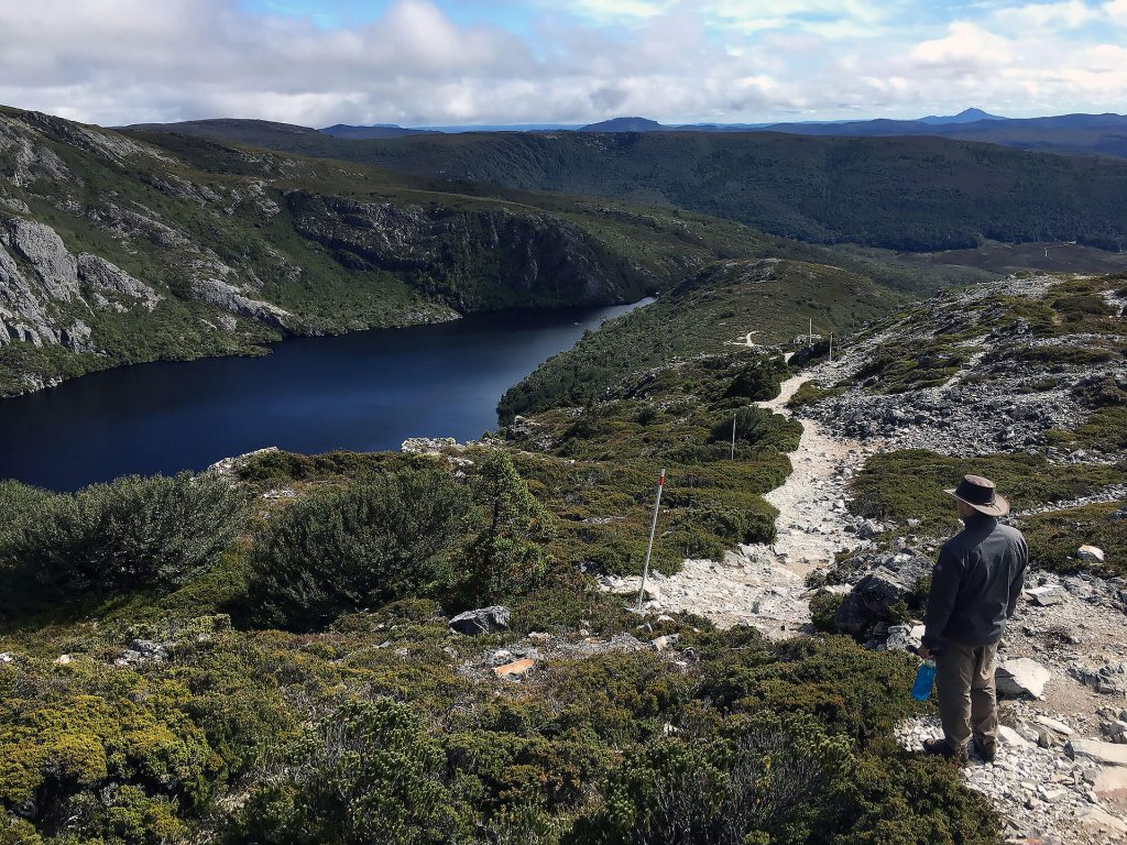 Berti am Crater See in Cradle Mountain